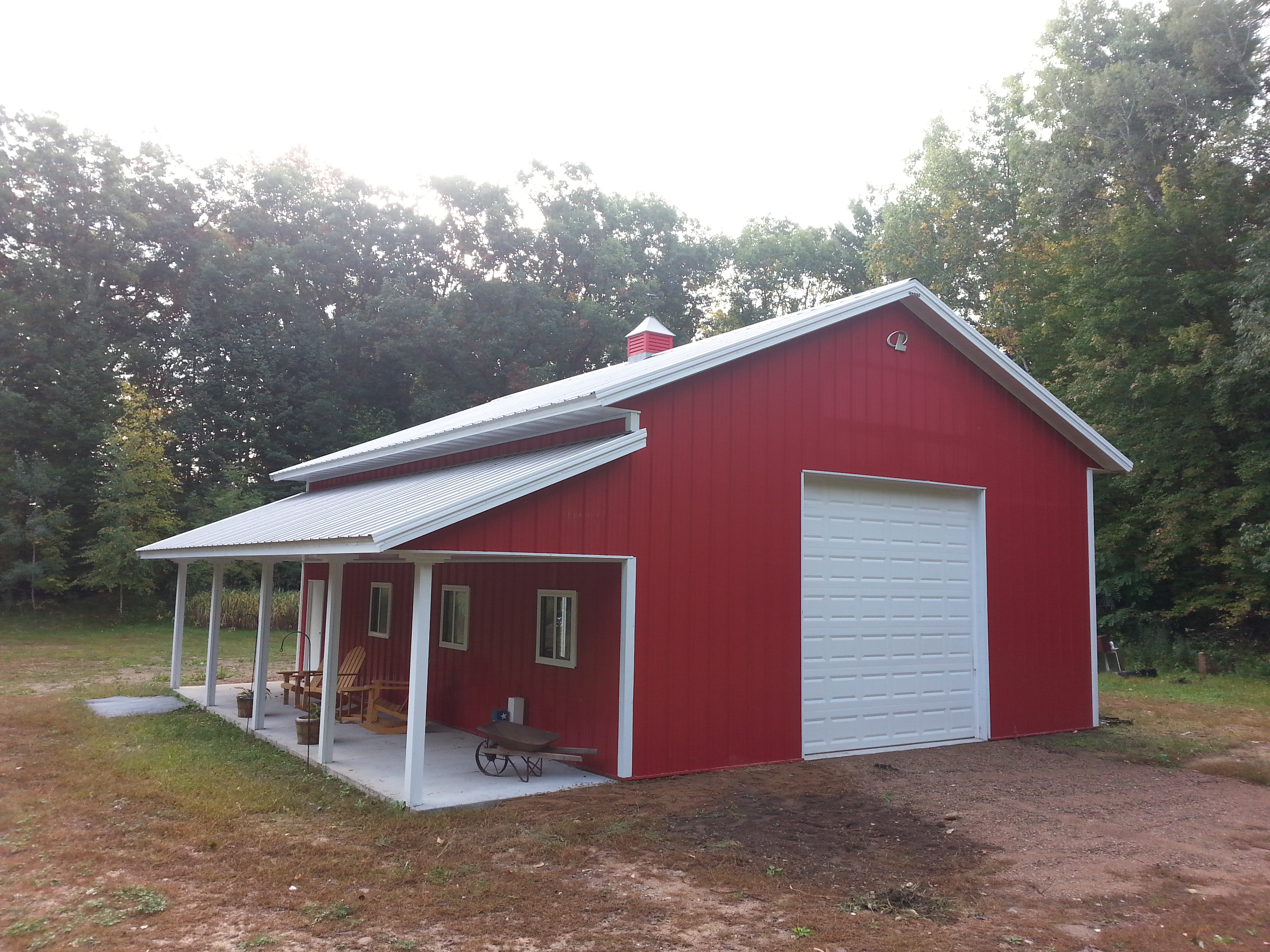 Rosholt wi garage building lester buildings project for Red barn prefab