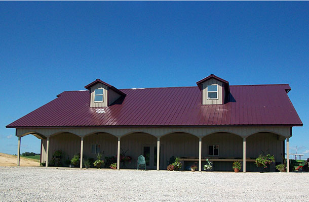 Mount vernon ia lawn garden nursery building lester for Design homes iowa