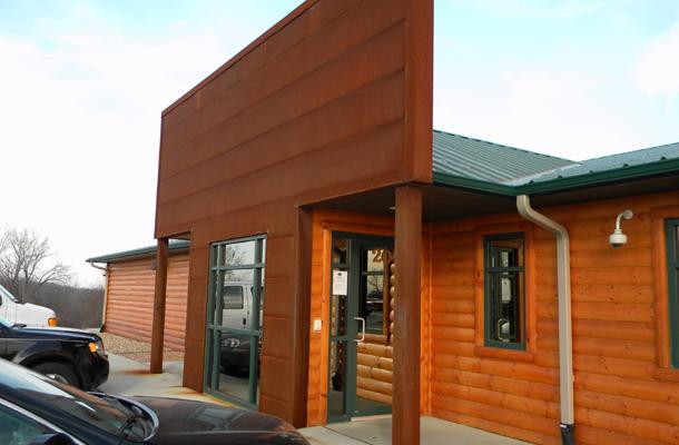 Cedar Rapids Ia Personal Services Building Lester