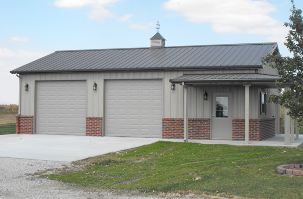 Hiawatha ks garage hobby shop building lester for Garage and shop buildings