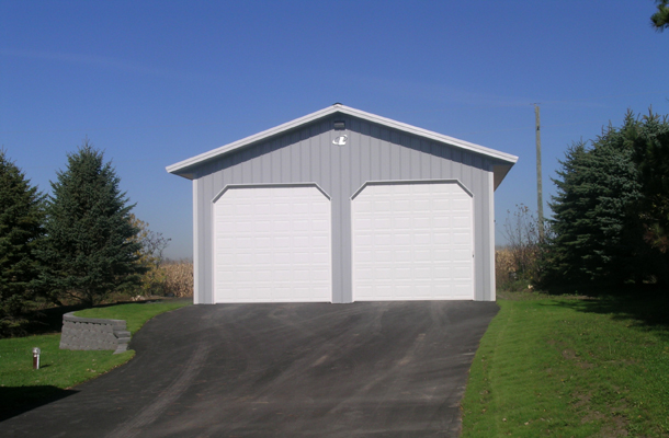 Buffalo mn garage building lester buildings project for 12x12 overhead garage door