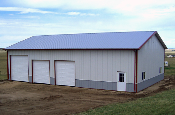 Wyoming pole barns pole barn builders lester buildings for Design your own pole barn online