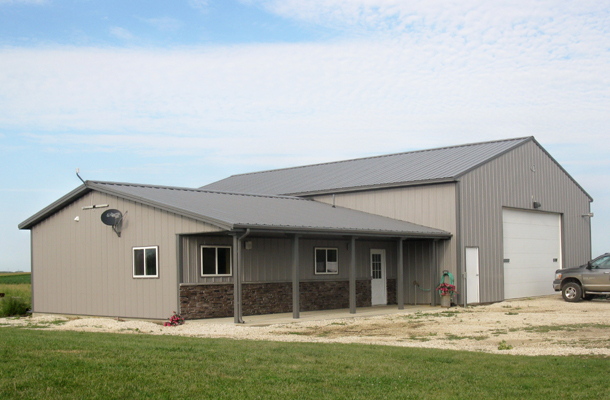 B 515 r 11299 u cbf5e0 as well B 515 r 25967 u 444cf7 additionally Walts barns likewise 219564 also Morton Buildings With Living Quarters. on hobby farm barns