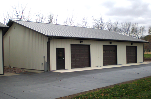 st peter mn garage building lester buildings project 511844. Black Bedroom Furniture Sets. Home Design Ideas
